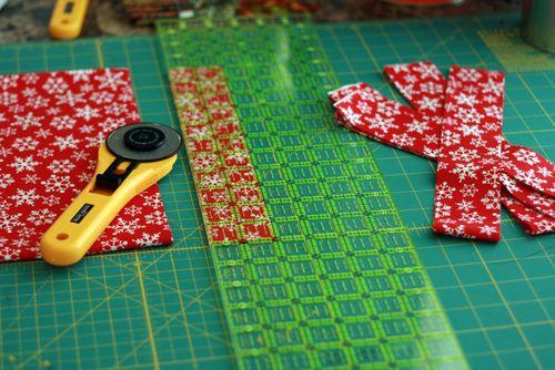 Pinhas de Natal feitas com retalhos de tecido 02