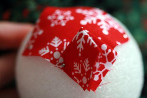 Pinhas de Natal feitas com retalhos de tecido 08