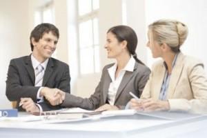 Confira 10 dicas para impressionar o chefe e os colegas no trabalho