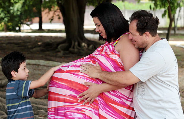 Foto da grávida de quadrigêmeos de Taubaté