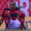Deivid perde gol inacreditável contra o Vasco