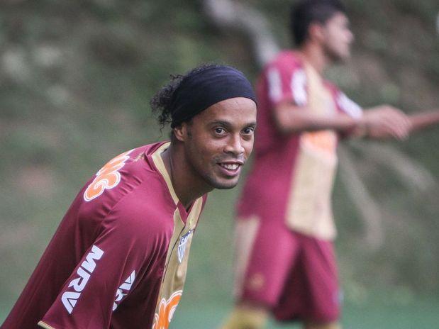 Ronaldinho Gaúcho treina no Atlético Mineiro