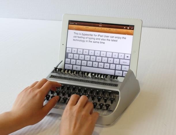 iPad máquina de escrever